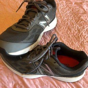 New Balance Men's Tennis Shoes, Size 11